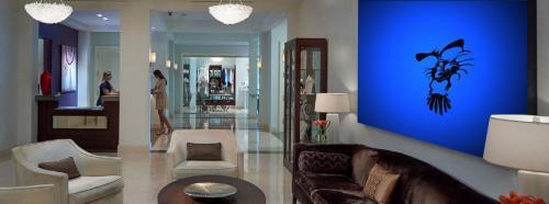 Conflict-Hotel-Lobby-Art